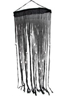 Cortina Negra Calaveras, 180 cm.