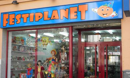Quienes somos disfraces valencia disfraces halloween carnaval globos - Casas de disfraces en valencia ...